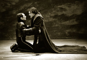 Miguel with Mark Rylance in Hamlet at the A.R.T.